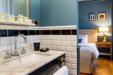 chambre-individuelle-douche-hotel-geneve