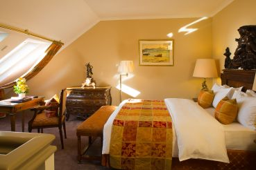 duplex-room-luxury-hotel-geneva